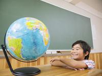 国際貢献事業:廃棄黒板の再利用の試み